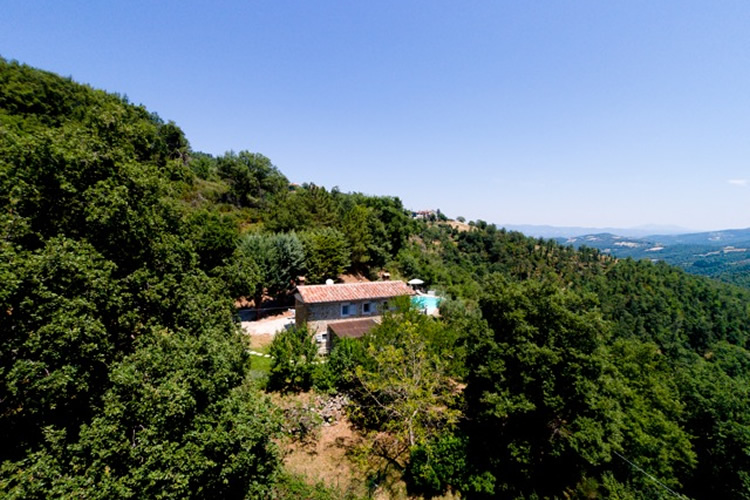 CASA VERDE UMBRIA VILLA TO RENT